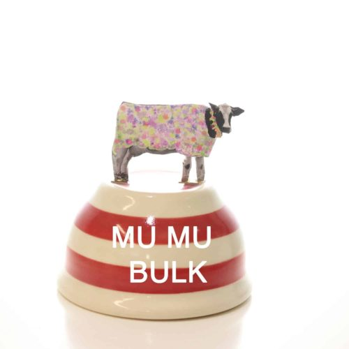 A bowl that says mu mu bulk from the muesli shop