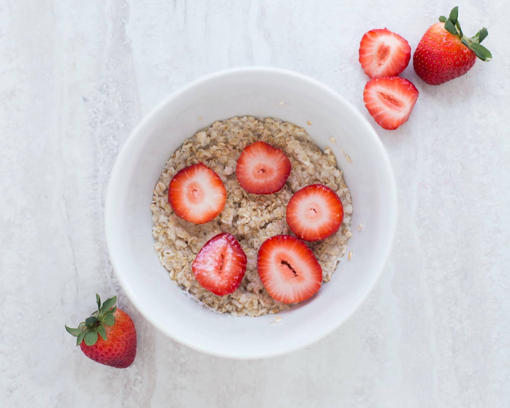 strawberry overnight oatmeal